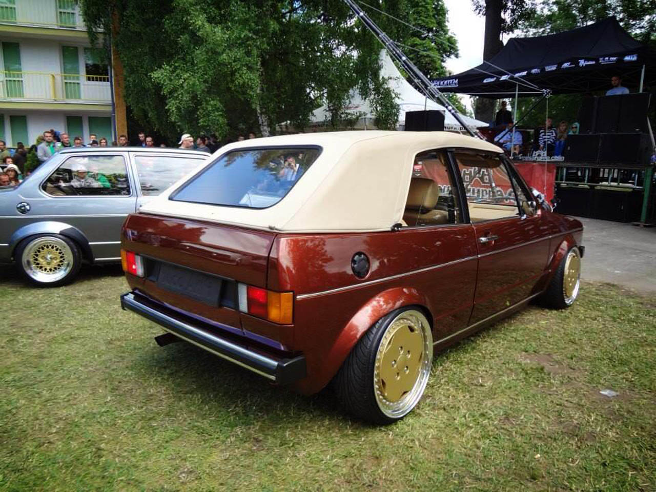 volkswagen golf mk1 cabriolet 1985 sprzedany gie da klasyk w. Black Bedroom Furniture Sets. Home Design Ideas