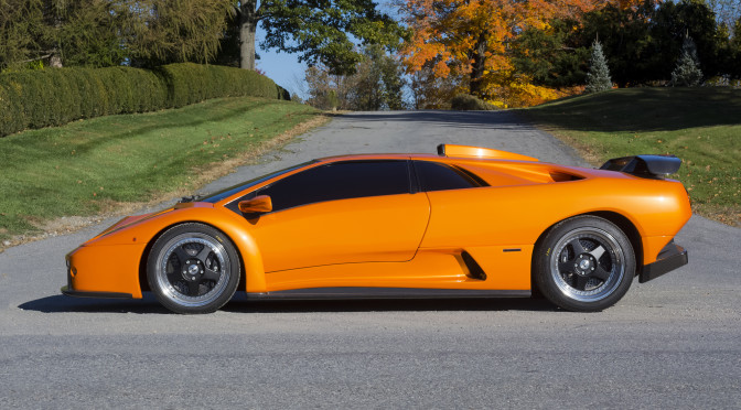 Elegant Lamborghini Diablo GT ...