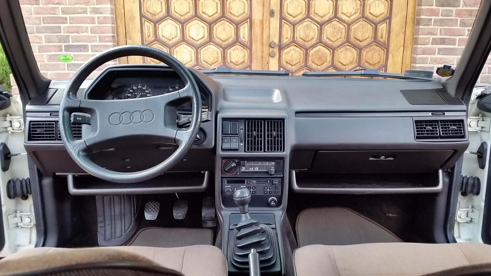 Audi 100 C3 1984 - 16500 PLN - Olsztyn | Giełda klasyków