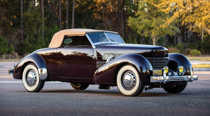 Cord 812 Supercharged Cabriolet 1937 – SPRZEDANY