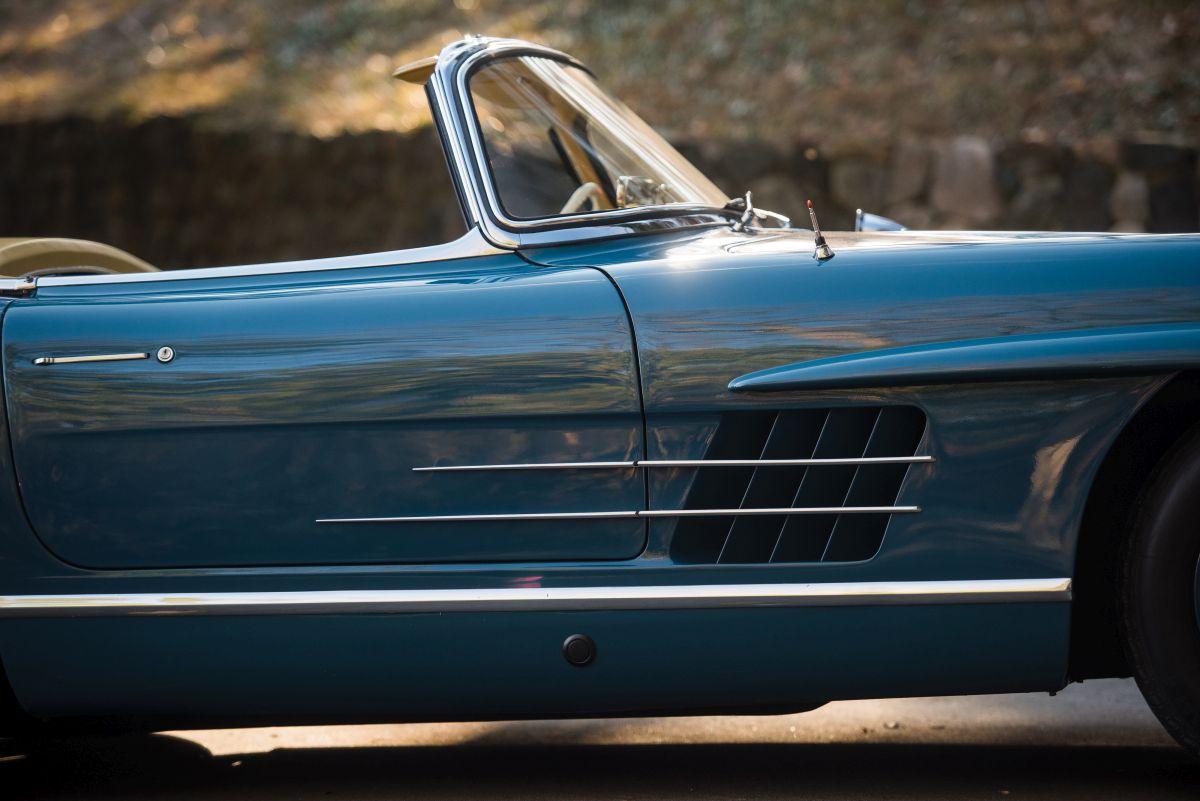 mercedes 300 sl roadster 1962 sprzedany gie da klasyk w. Black Bedroom Furniture Sets. Home Design Ideas