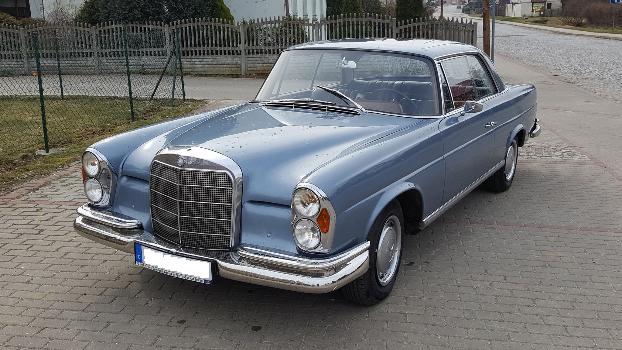 mercedes 250 se coupe w111 1967 125000 pln niemcy. Black Bedroom Furniture Sets. Home Design Ideas