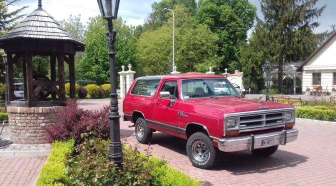 Dodge Ramcharger W150 4×4 1990 – 59900 PLN – Iłża